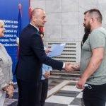 Uručeni ugovori vredni 42 miliona dinara o subvencijama za zapošljavanje u Vojvodini