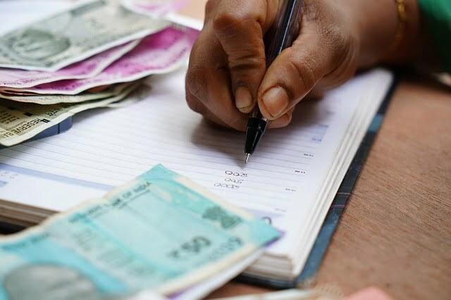 Luki Komerc 341 milion dinara za četiri godine