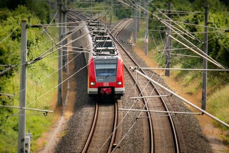 Od Novog Sada do Beograda 15 novih i rekonstruisanih železničkih stanica