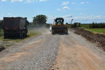 Počela rekonstrukcija puta Novi Slankamen-Surduk