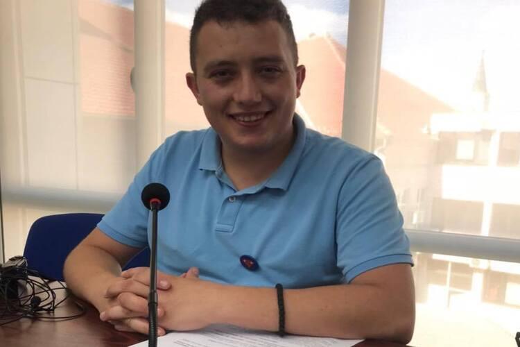 Nastavljeni verbalni napadi na odbornika Strahinju Jovanovića