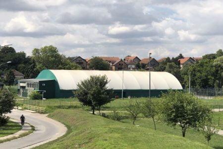 Balon halom upravlja FK Inđija