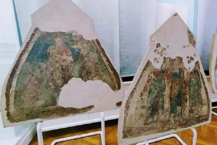 """Nadležni """"zaboravili"""" freske iz rimske grobnice u Beški?"""